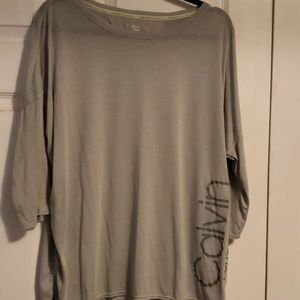 Calvin Klein Perfomance Top NWOT